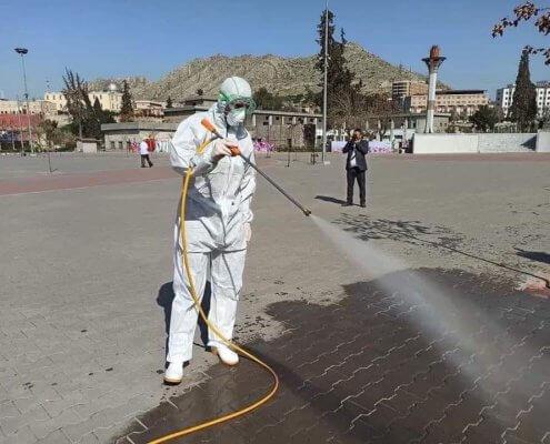 Die Regierung im Nordirak greift durch: Öffentliche Plätze werden desinfiziert